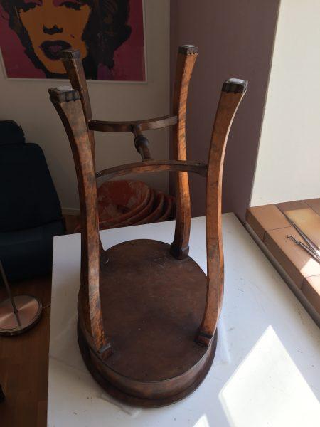 sybord med omlimmade ben