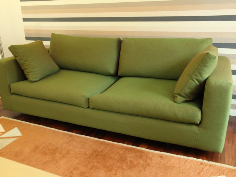 Modern soffa